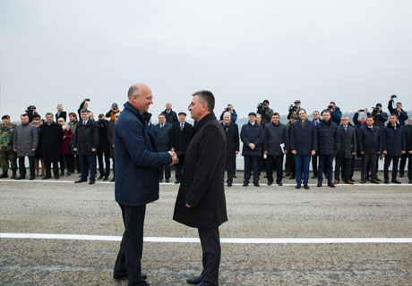 ​MOLDOVAN PREMIER AND TRANSNISTRIAN LEADER MEET ON THE BRIDGE