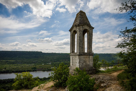 EU WILL SUPPORT RESTORATION OF TEN CULTURAL HERITAGE SITES FROM BOTH BANKS OF NISTRU RIVER