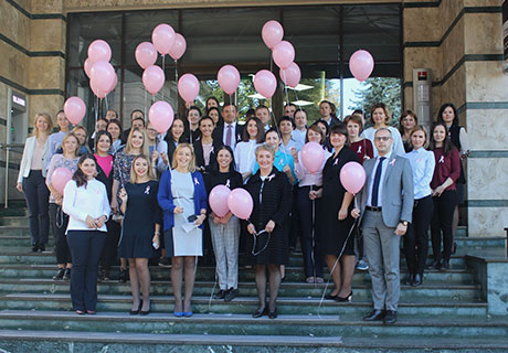 Mobiasbanca – express its solidarity with breast cancer awareness campaign