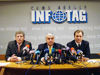 LIBERALS, LIBERAL DEMOCRATS AND OUR MOLDOVA REFUSE TO PARTICIPATE IN VOTE RE-COUNTING