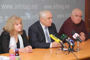 "RAVNOPRAVIYE MOVEMENT GOES TO POLLS UNDER SLOGAN ""FOR MOLDOVA WITHIN RUSSIA"""