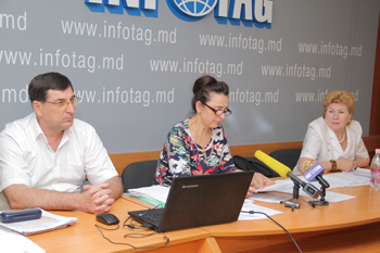 PROPERTY OWNERS DISCLOSING SCHEME OF ILLEGAL LAND ALIENATION IN CHISINAU