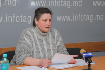 MOLDOVAN WOMAN CONTINUES TO FIGHT FOR HER CHILDREN AND HER RIGHTS