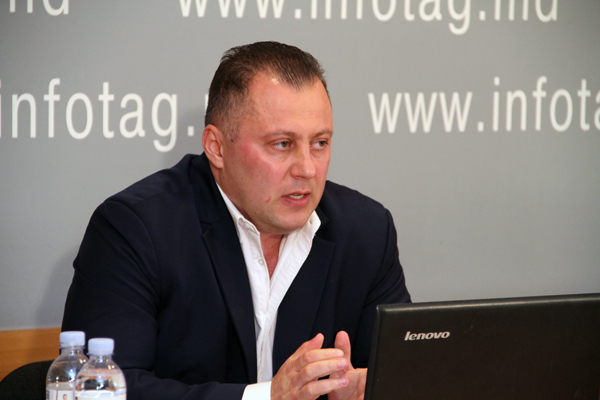 FRONT LEADER CLAIMS THAT SOCIALISTS ARE INVOLVED IN CONSTRUCTION MAFIA IN CHISINAU