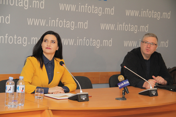 MAJORITY OF MOLDOVANS DISSATISFIED WITH SITUATION IN COUNTRY - POLL
