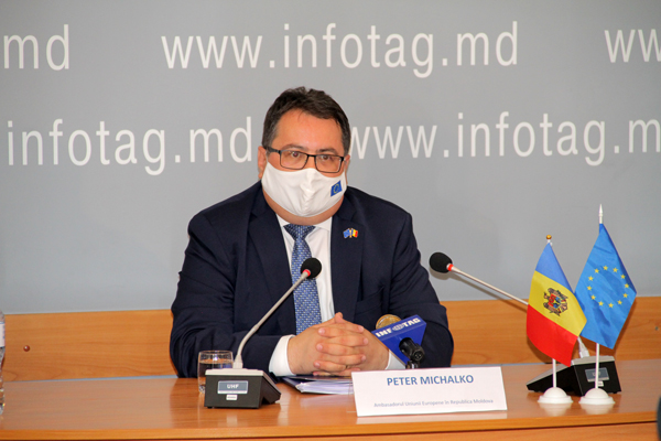 EU AMBASSADOR: AT AMENDING ELECTION CODE, MOLDOVA SHOULD TAKE VENICE COMMISSION RECOMMENDATIONS INTO ACCOUNT