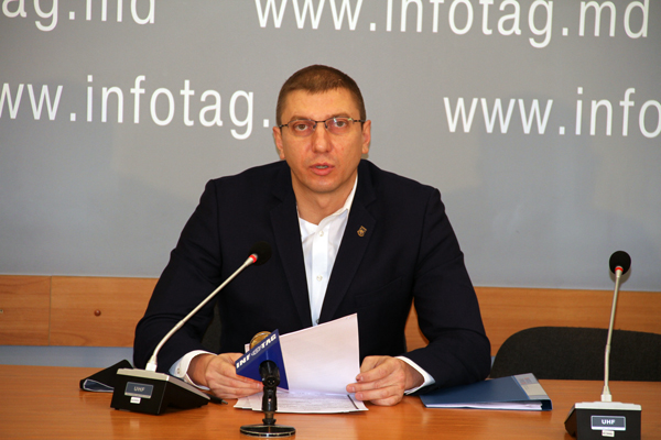 THE PROSECUTOR GENERAL IS NOT CAPABLE TO INVESTIGATE THE CASE OF THE THEFT OF A BILLION - VIOREL MORAR